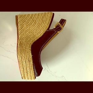 Christian leboutin gold weaved wedge sandals